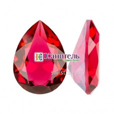 Fancy Stones SWAROVSKI 18x13mm Scarlet Ignite /4320/