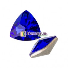 Kaleidoscope Triangle Fancy Stone SWAROVSKI 14x14,3mm Majestic Blue /4799/