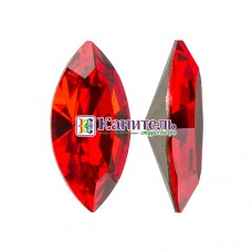 XILION Navette SWAROVSKI 10х5mm Light Siam /4228/
